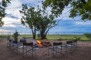 Rhino-Safari-Camp-Fire-Pit