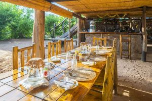 rhino-safari-camp-breakfast-table