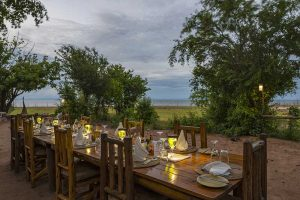 rhino-safari-camp-dining-under-the-stars
