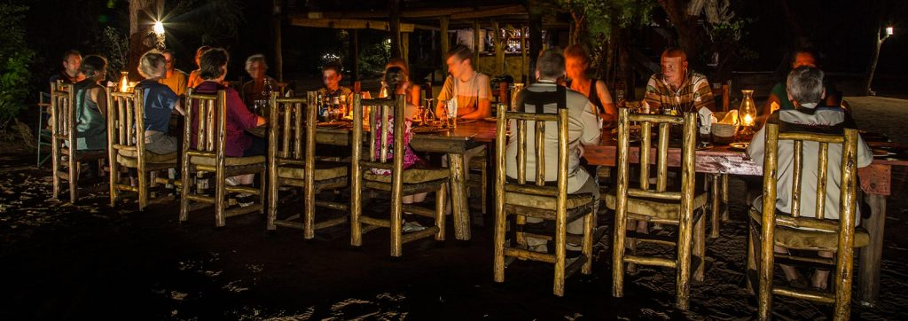 rhino-safari-camp-dinner-under-the-stars