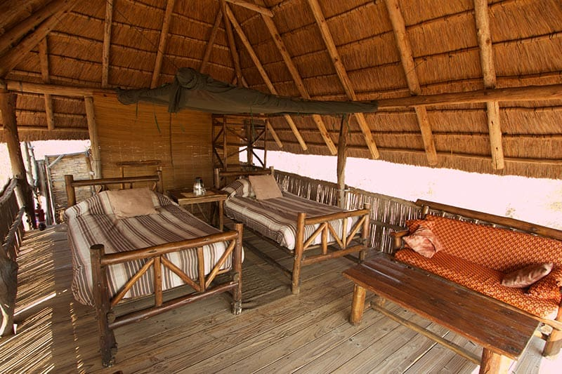 rhino-safari-camp-rustic-rooms-looking-in